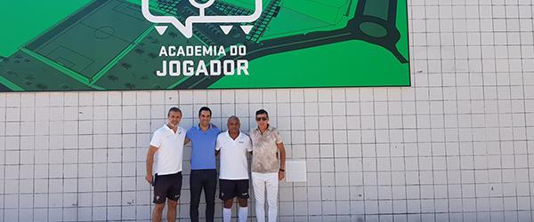 Miguel Garcia visita Academia do Jogador